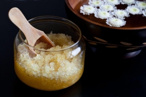 Spring cleaning your skin - Aromatherapy Salt Scrubs to make your skin glow! Part 2